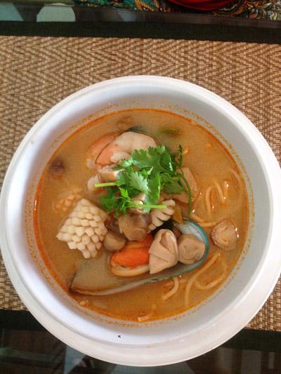 Khaeng Khanun - Cozinha Tailandesa